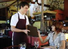 Профессия официант: обязанности, важные качества, где учиться – «Моё призвание»